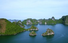 One Day Trip to Halong Bay on V'Spirit Classic Cruise